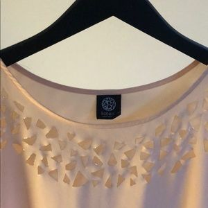 ⭐️Bobeau peach and gold sheer top size small